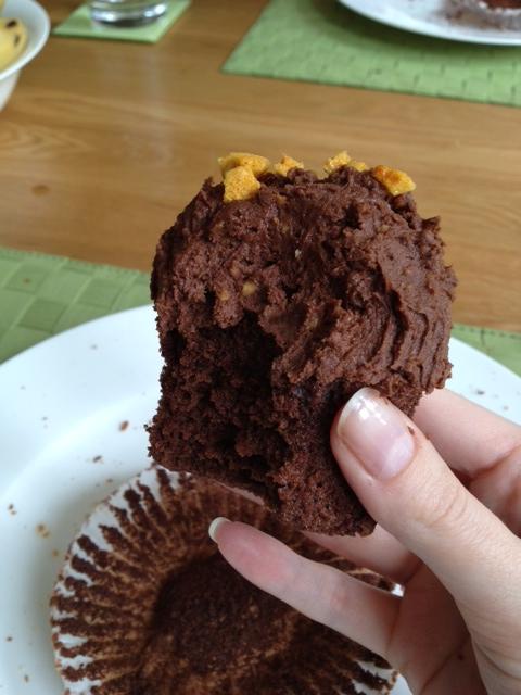 cinder toffee cupcake.JPG