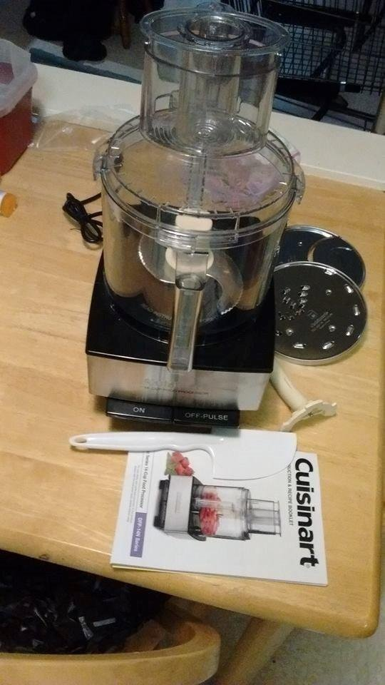 Cuisinart Food Processor at home..jpg