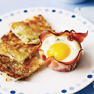 ham-and-egg-breakfast-cups-with-hash-browns-R109787-ss.jpg